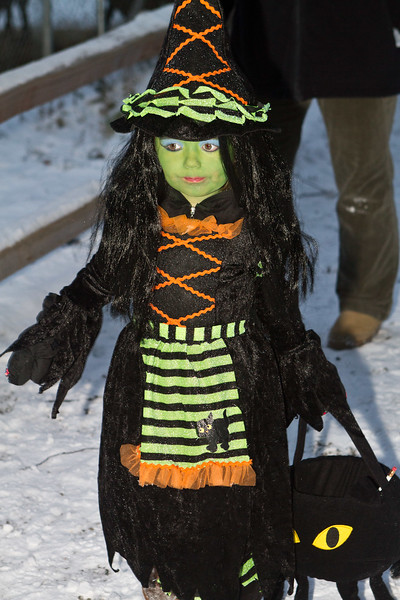 A little witch shows us how it's done in Alaska. [John Gomes]